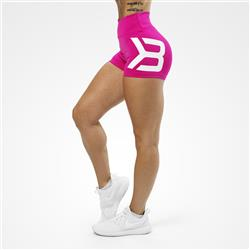 Gracie Hotpants, Hot pink